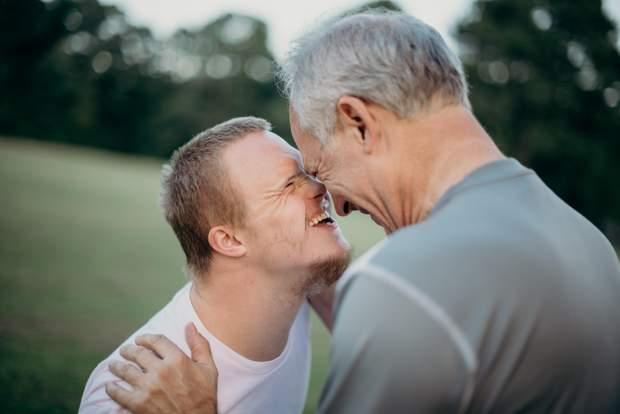 Як правильно спілшкуватися з людьми з інвалідністю