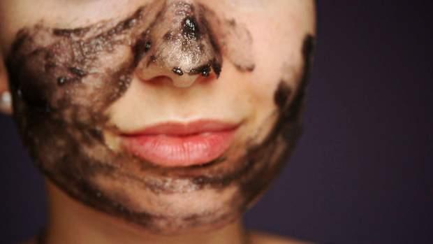 Как ухаживать за жирной кожей лица: советы дерматолога