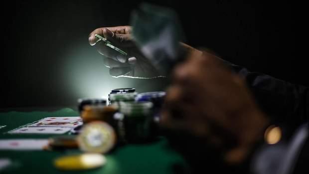 Покер онлайн турниры или кэш стихи про казино в москве до закрытия