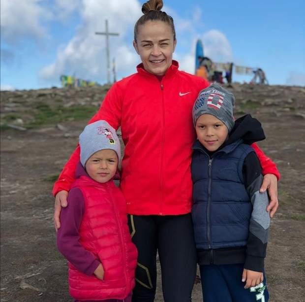 Марія Стадник із дітьми