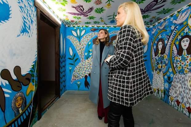 Олена Зеленська на виставці в Києві