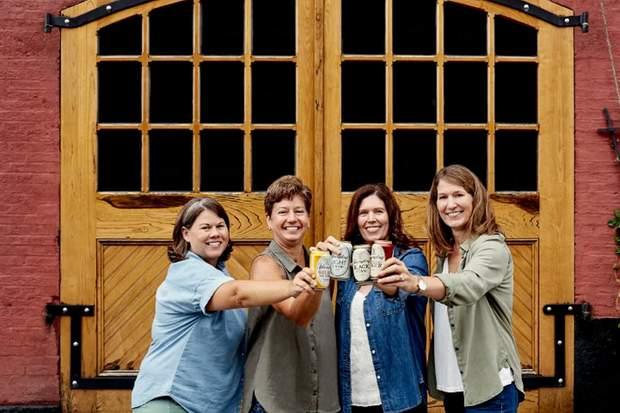 Сестри керують сімейною пивоварнею у США