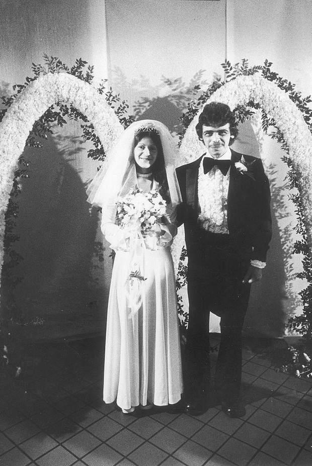 А ця пара вирішила відсвяткувати весілля у  Макдональдсі