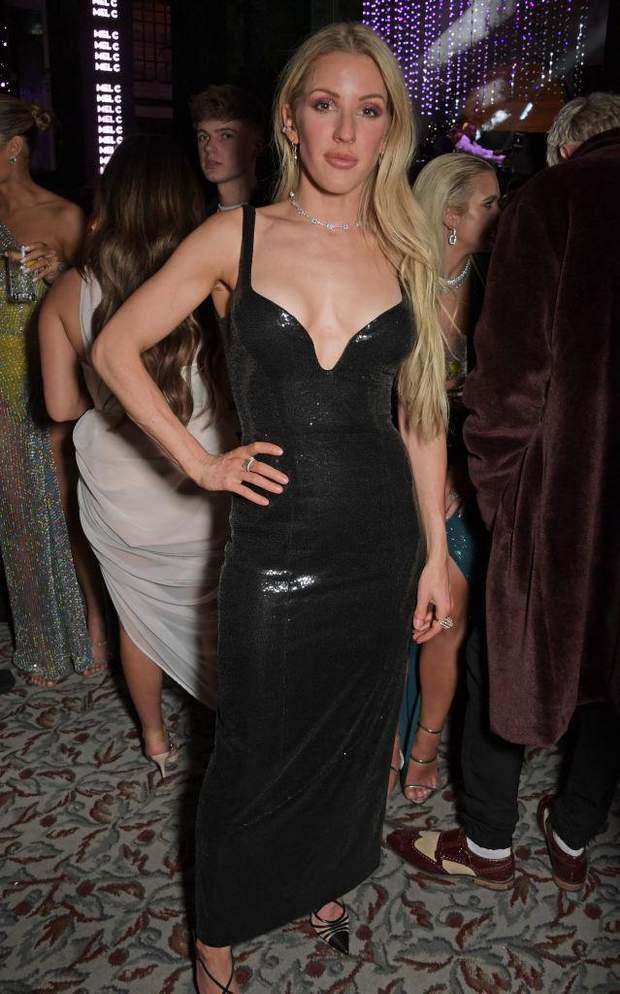 Еллі Голдінг у латексній сукні