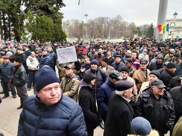 молдова протести уряд