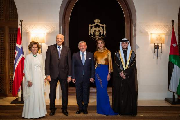 Представники королівських родин Йорданії і Норвегії