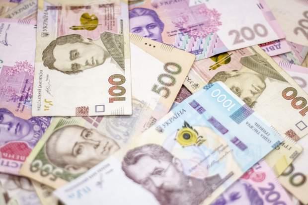 Гроші можуть містити вірус до кількох днів