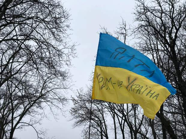 Її проводять по всій Україні перед пам'ятником Шевченка