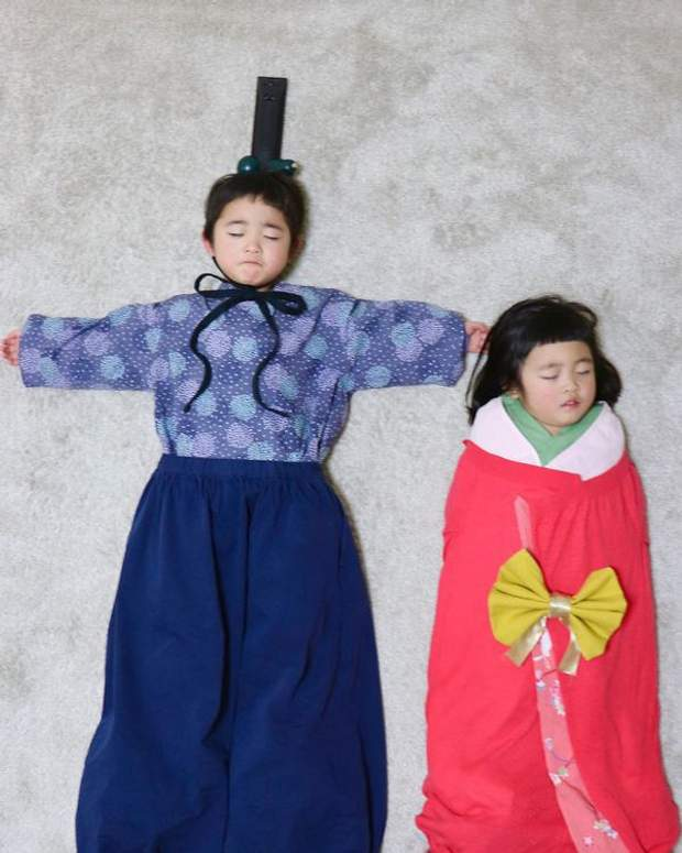 В традиційних японських костюмах