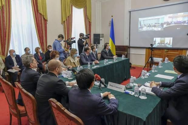 Телеміст України з Китаєм через коронавірус