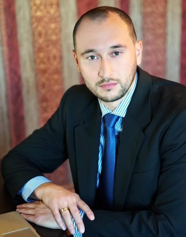 Денис Головіе, адвокат про примусове ушпиталення
