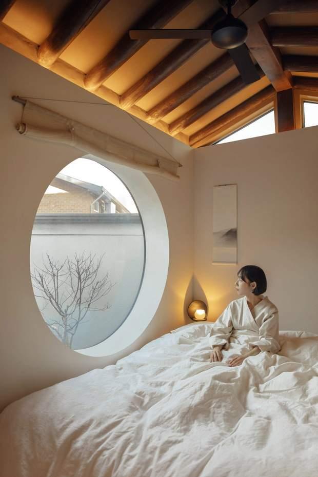 Вікно-ілюмінатор – традиційне для Кореї / фото: Deezen