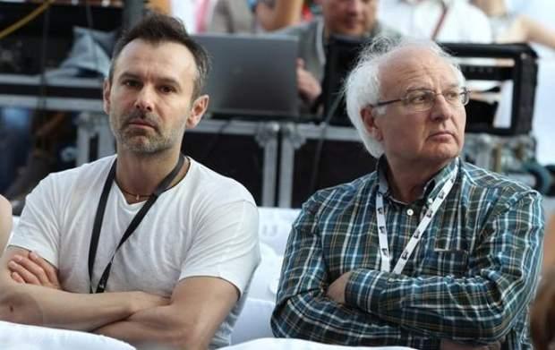 Іван та Святослав Вакарчуки