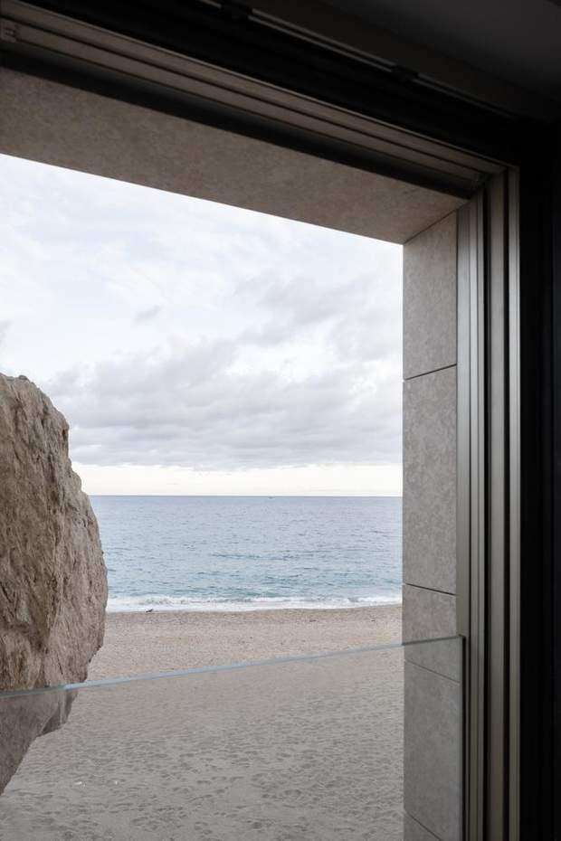 З лоджії будинку відкривається неймовірний вид / фото: Archdaily