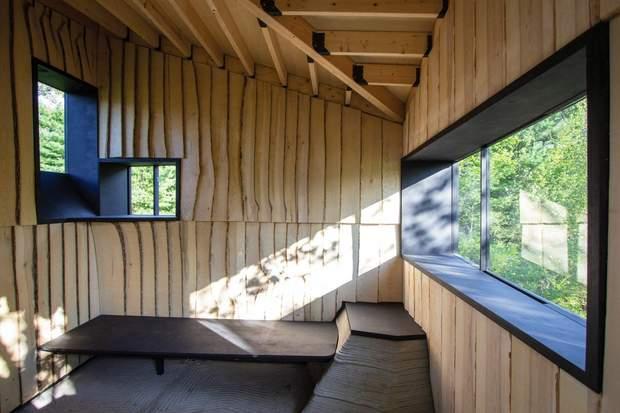 Дизайнери використали непридатні для загального будівництва дерева / фото: Deezen