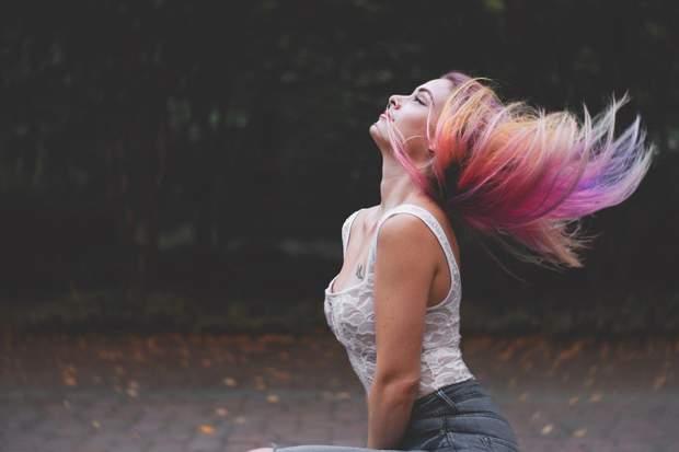 Кольорове волосся