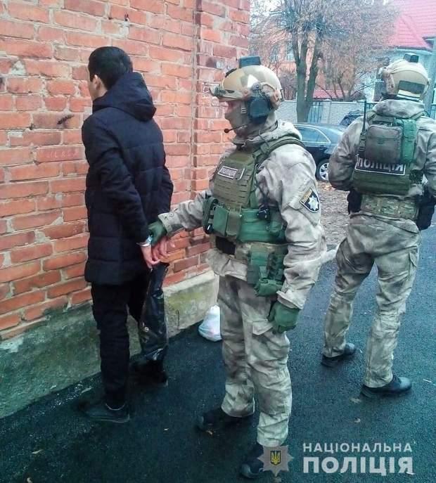 Украина экстрадировала одного из ключевых главарей 'ИГИЛ'