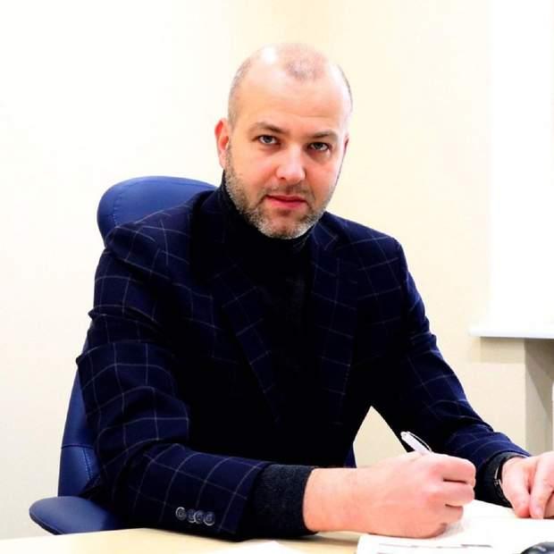 Олександр Мамро, продаж арештованого майна