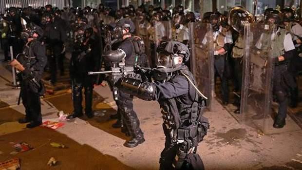 гонконг протести в поліція