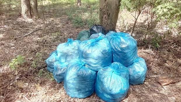 Украинец собрал 2,5 тонны мусора за время карантина: впечатляющие фото