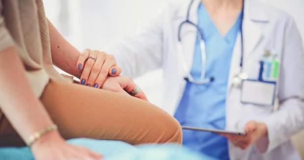 Після процедури жінка потребує підтримки