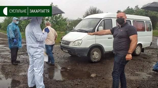 У селі Стройне на Закарпатті через спалах коронавірусу встановили блокпост