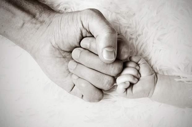 Народження дитини може викликати стрес