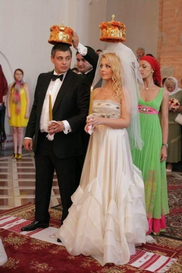 Тіна Кароль на вінчанні з Євгеном Огіром