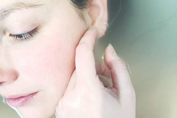Может ли салициловая кислота и бензоил пероксид вылечить прыщи: ответ дерматологов