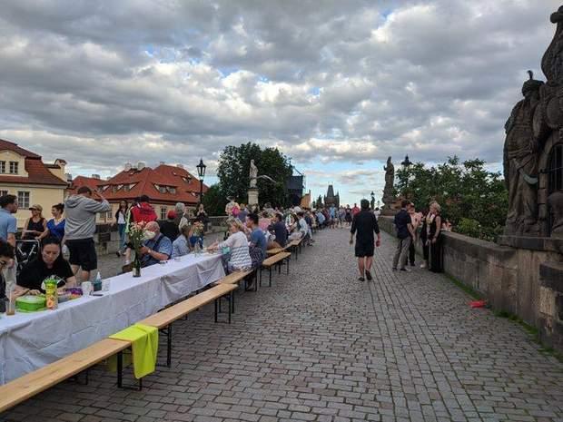 вечірка чехія