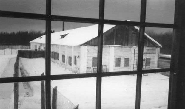 Вигляд барака, де поет Литвин провів останні роки життя