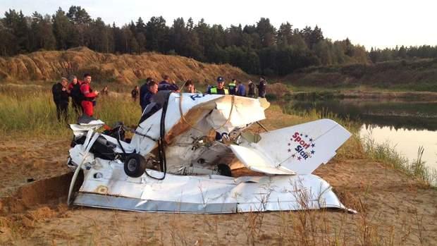 Под Москвой разбился самолет, есть погибшие: фото