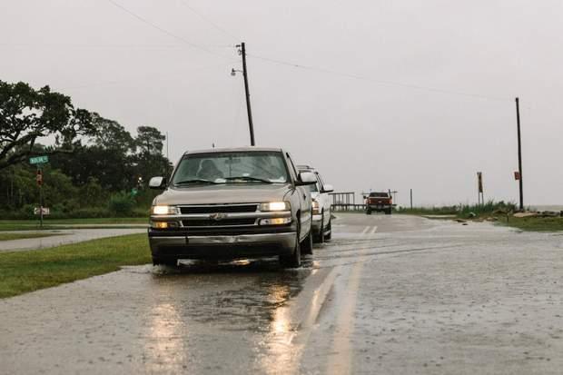 Ураган Салли в США: полмиллиона американцев остались без света – фото и видео