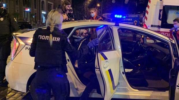 Audi влетіла у будинок в центрі Києва