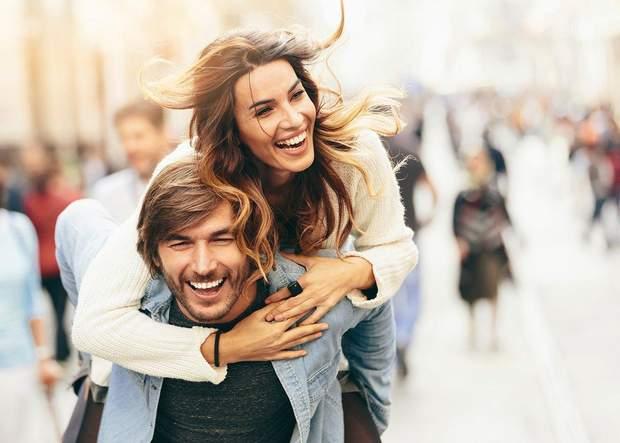 Пари полюбляють разом веселитися