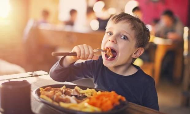 Діти та їжа
