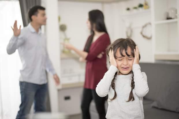 Не впускайте у дім колишнього чоловіка чи дружину