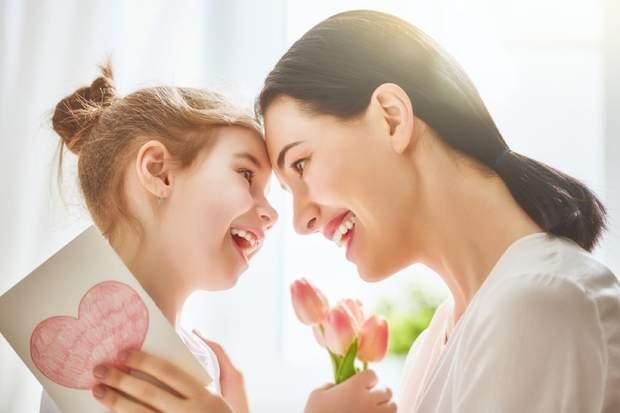 Мама та донька