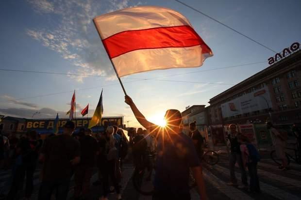 Як Україна грається в хованки з Білоруссю