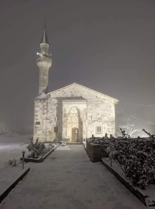 У Криму випав сніг