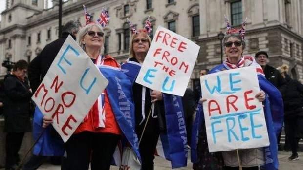 британці святкують Brexit