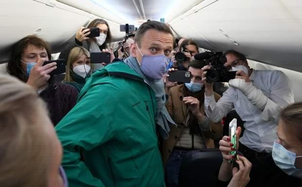Українці кусають Навального, щоб заглушити розчарування в собі