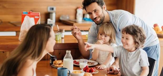 Сніданок з родиною
