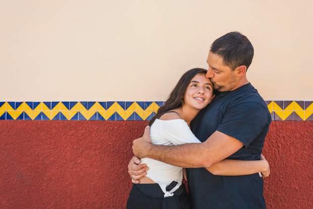 Тато й донька