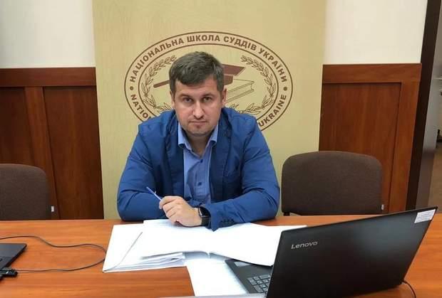 Денис Донцов