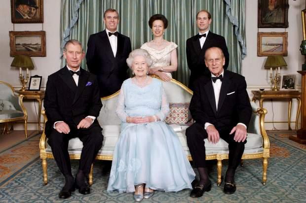королівська сім'я, Філіп і Єлизавета з дітьми