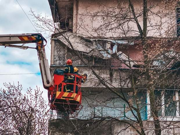 обвал балкона в Киеве