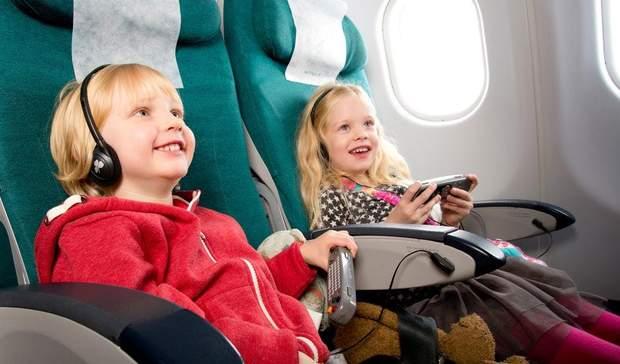 Подорож з дитиною літаком