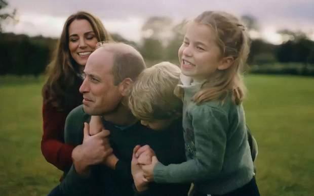Принц Вільям та Кейт Міддлтон з дітьми