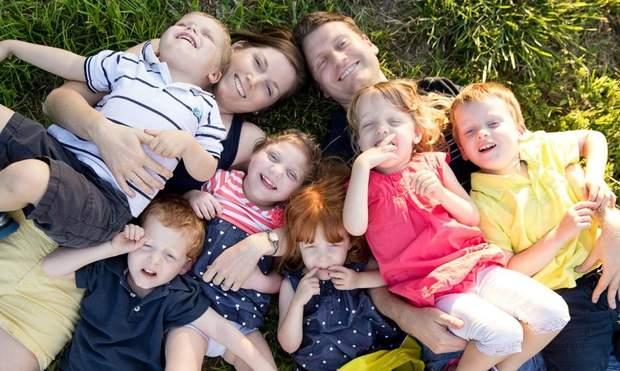 Сім'я з 6 дітьми